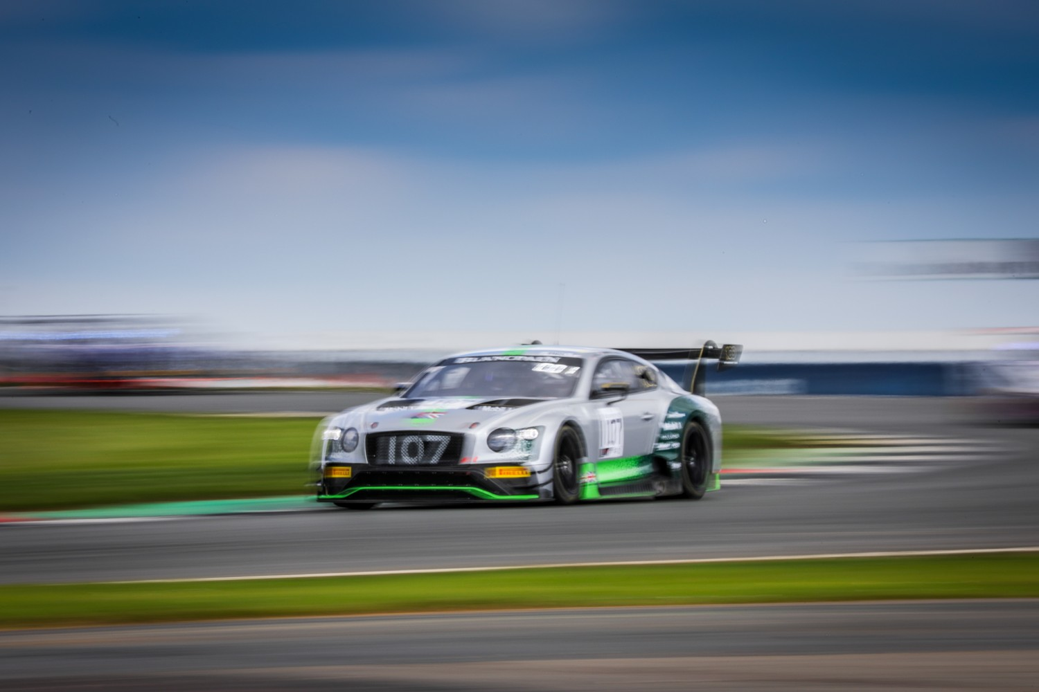 Bentley begins home event on top as Pepper leads free practice at Silverstone