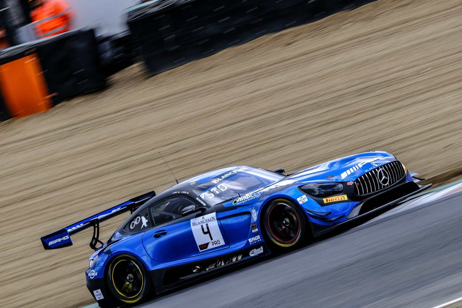 Black Falcon gives Mercedes-AMG second Blancpain GT World Challenge Europe victory at Brands Hatch