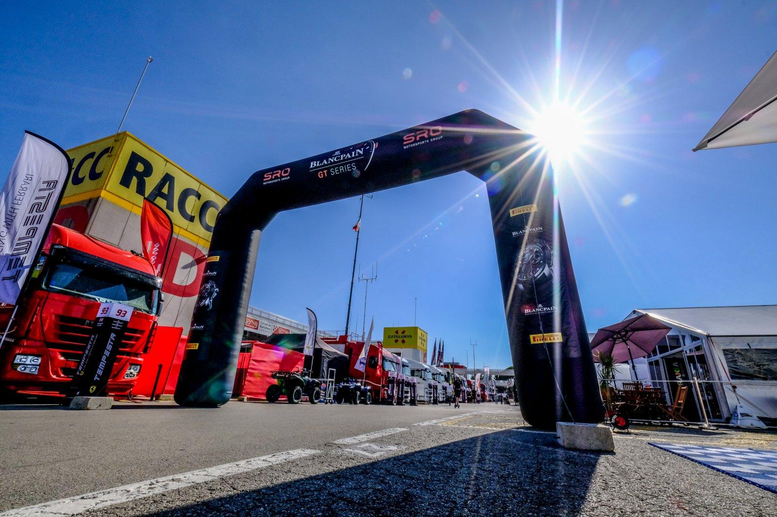 Blancpain GT Series decider kicks off at Circuit de Barcelona-Catalunya with Bronze Test