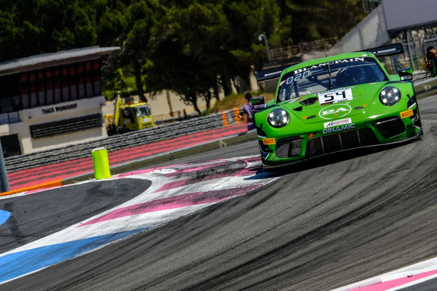Dinamic Motorsport hits the front in free practice as Bachler shows rapid pace aboard #54 Porsche