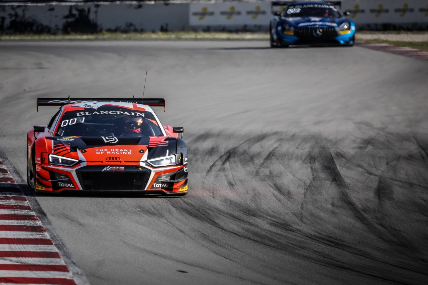 Belgian Audi Club Team WRT on top in ultra-close free practice at Circuit de Barcelona-Catalunya