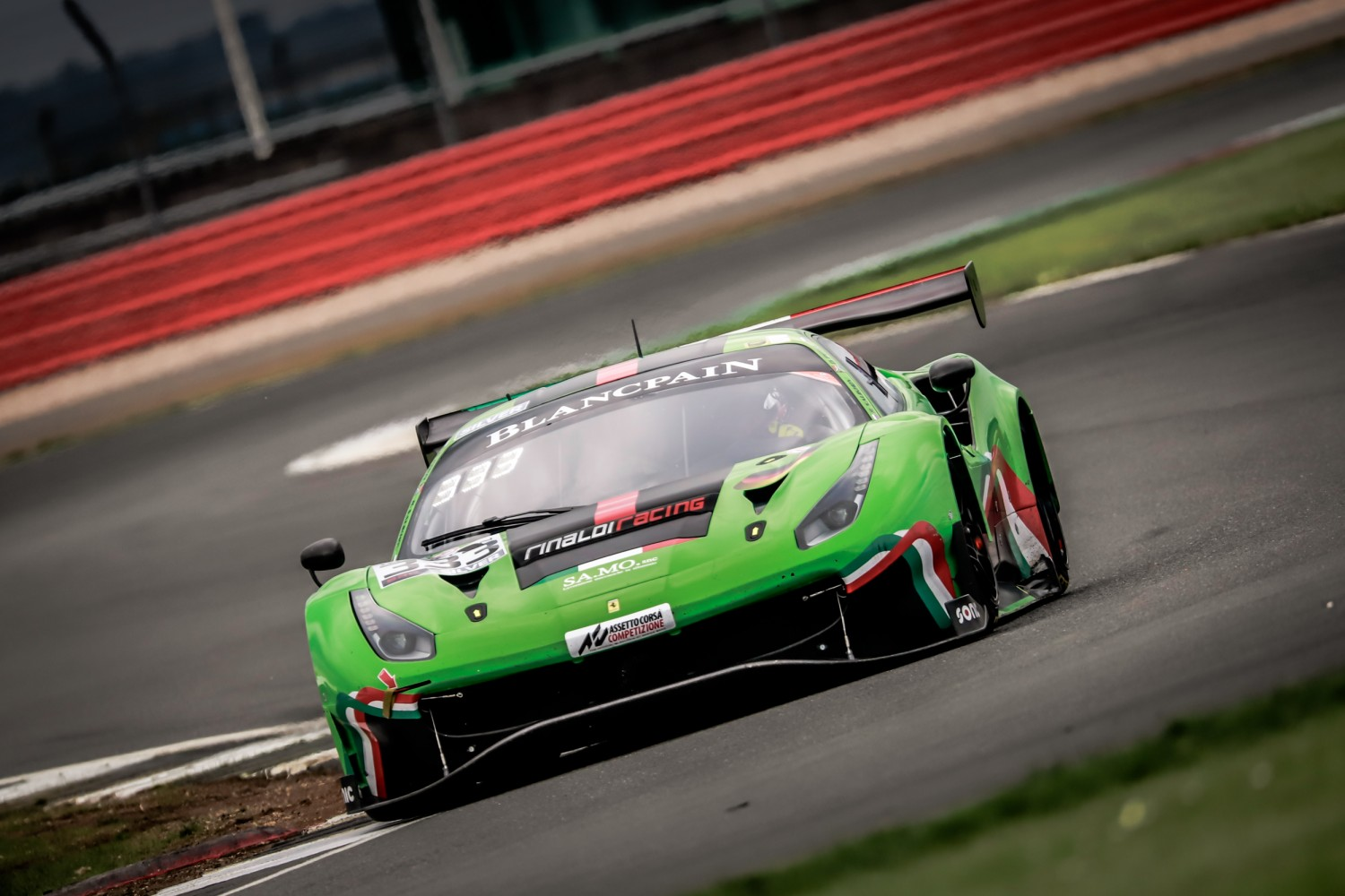 Salikhov puts Rinaldi Ferrari on top as bronze test kicks off Blancpain GT Series weekend at Silverstone