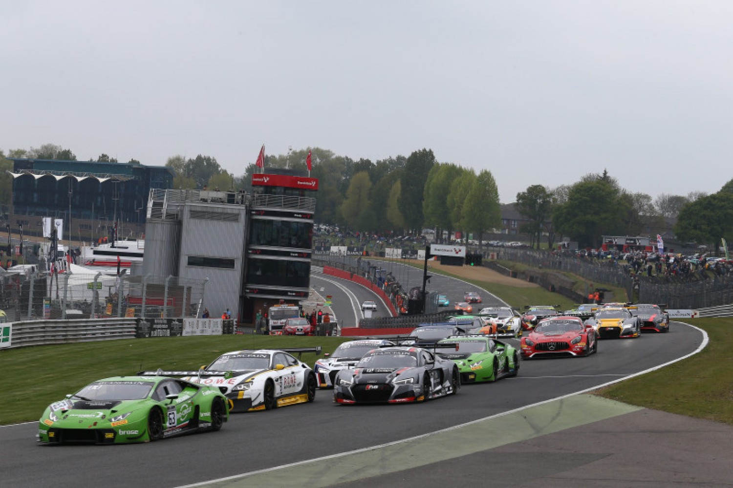 Starting entry list confirmed for Brands Hatch