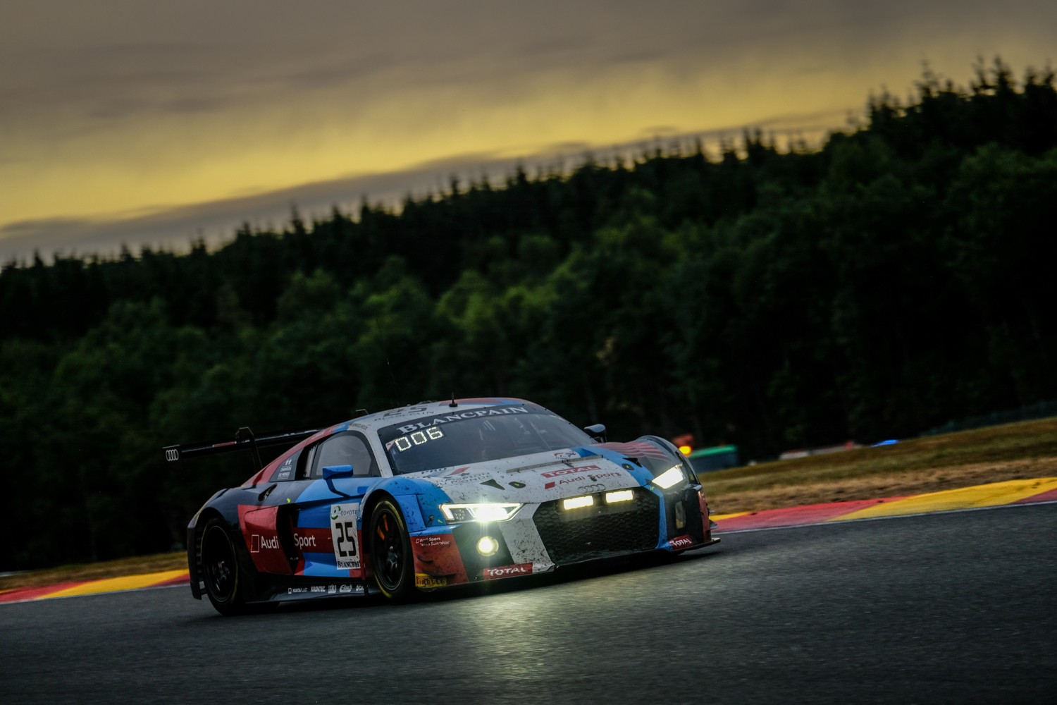 Everything to play for as 70th edition Total 24 Hours of Spa enters crucial phase