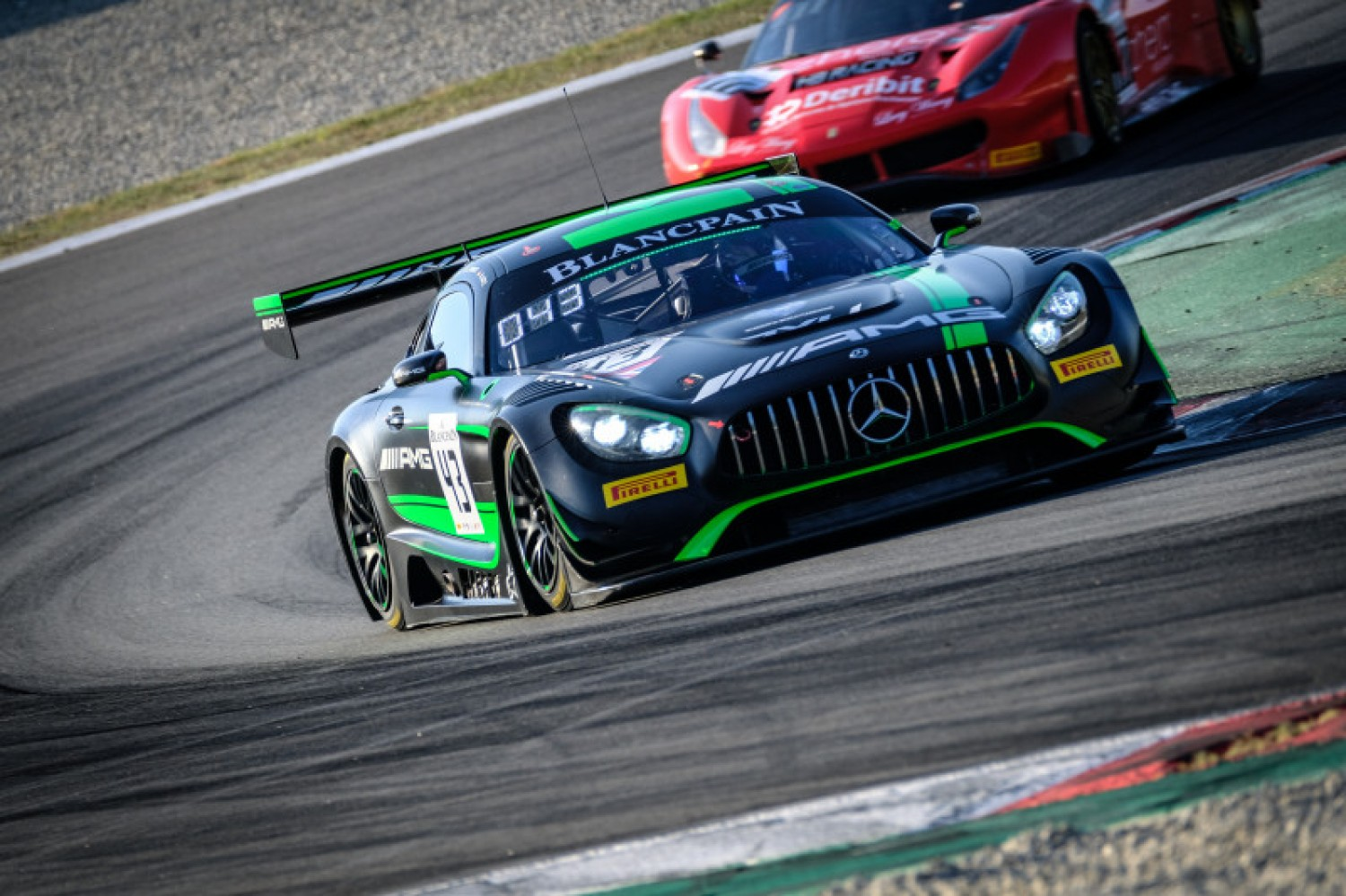 Strakka Racing on top in Barcelona pre-qualifying as Mercedes-AMG machinery dominates