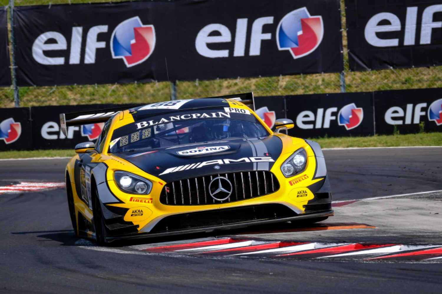 Marciello keeps AKKA-Mercedes on top in second Hungaroring practice