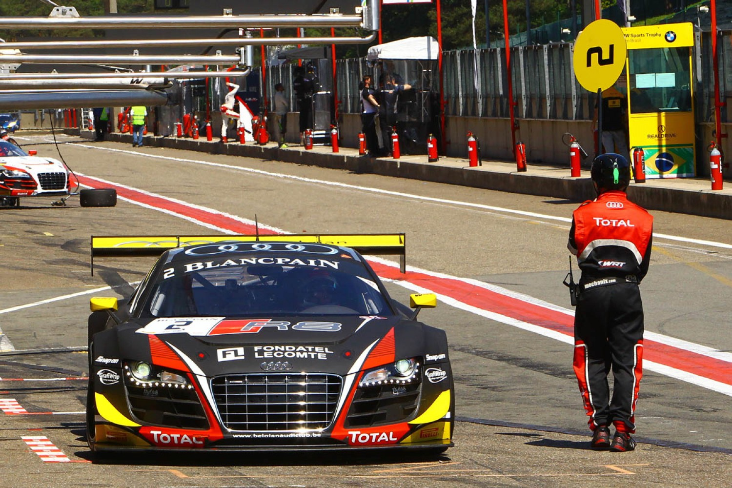 Christopher Mies fastest in hot and sweaty first free practice