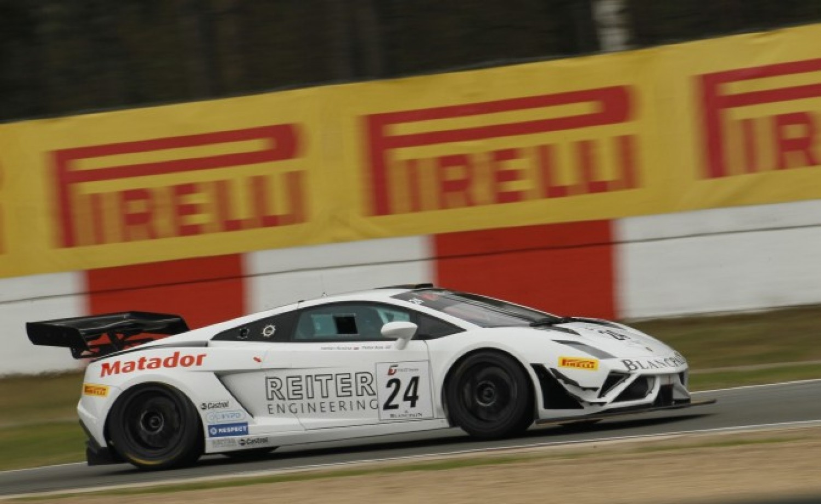 Lamborghini takes victory in sensational Zolder race