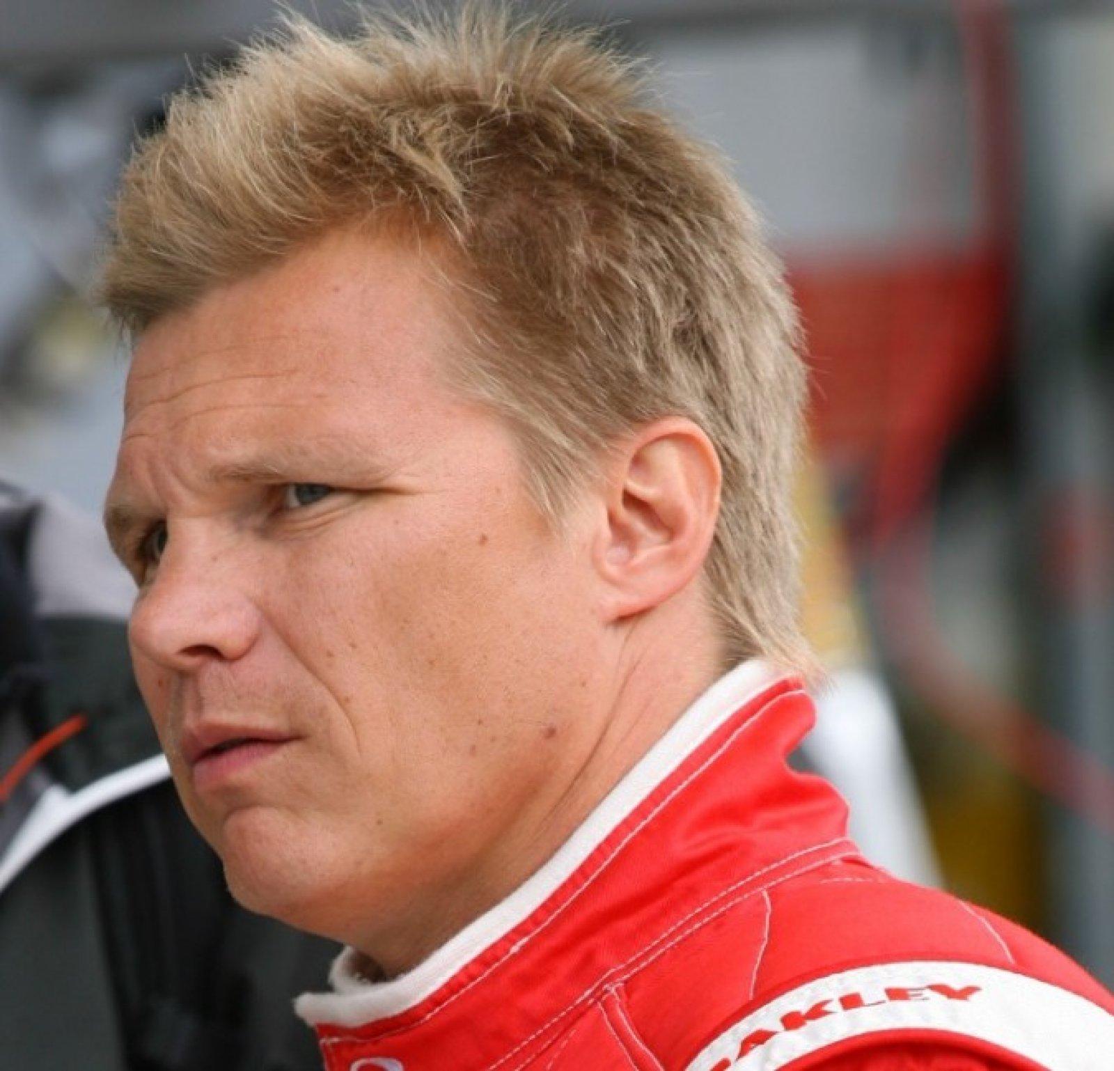 Mika Salo joins Silverstone grid!