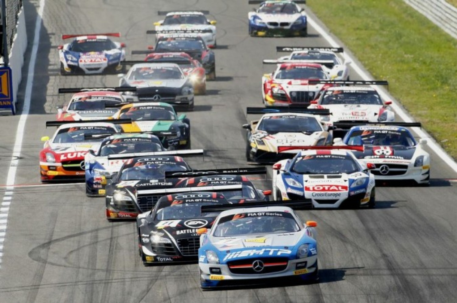 First FIA GT win for HTP Gravity Charouz in Zandvoort