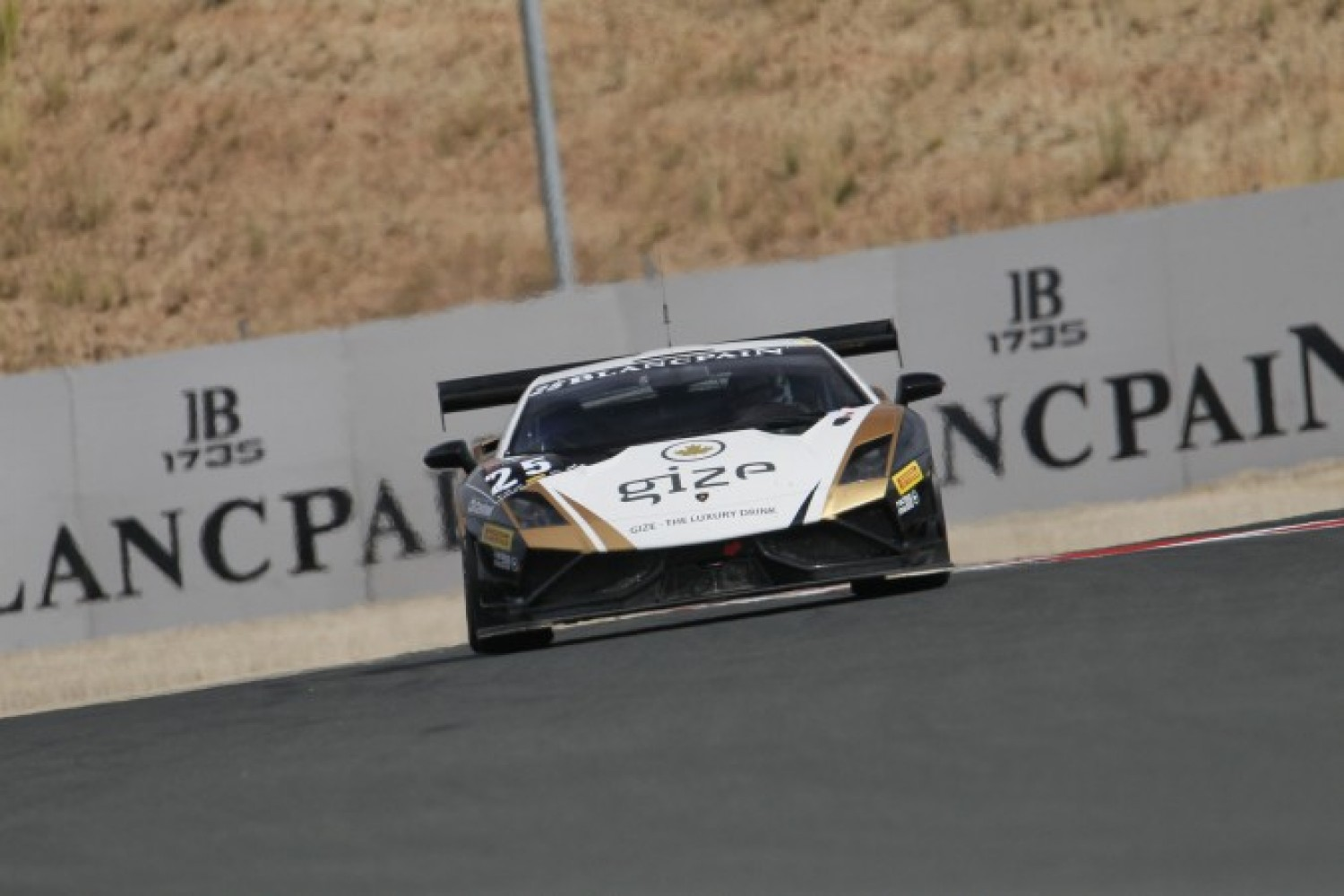 Grasser Racing Team is determined to be among the frontrunners in the Blancpain Sprint