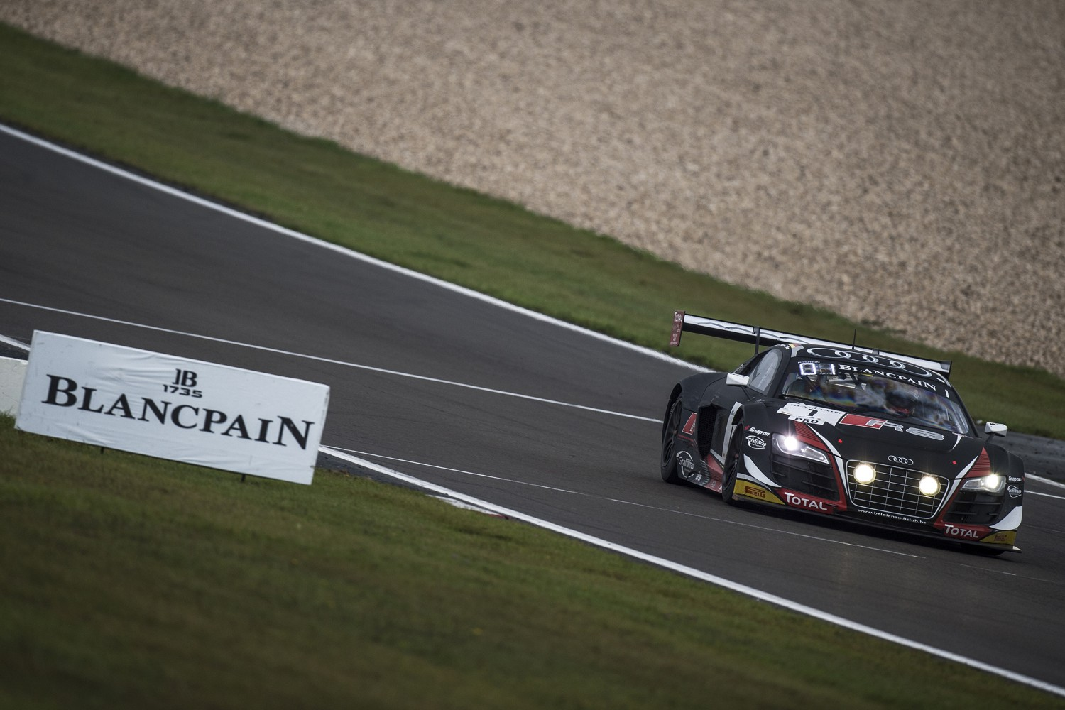 Laurens Vanthoor takes Pro Cup title in 2014 Blancpain Endurance Series