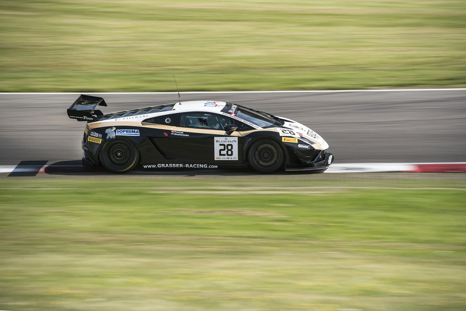 Clean sweep for Grasser Racing Team Lamborghini at Brands Hatch