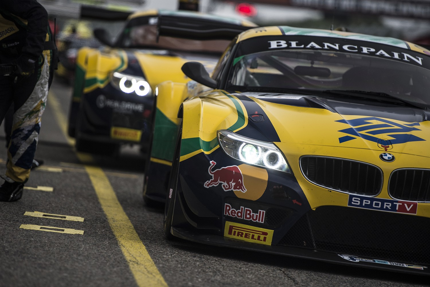 Brothers Sperafico and Paludo will replace Bueno, Jimenez and Piquet Jr. in Baku