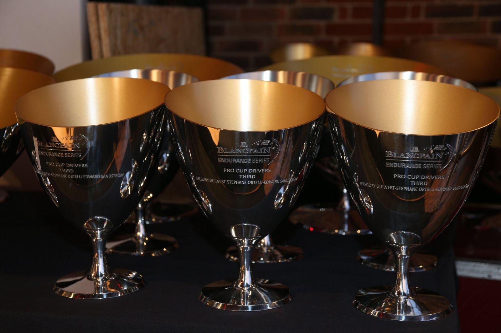 SRO Award Ceremony brings glamorous end to an entertaining 2014 season