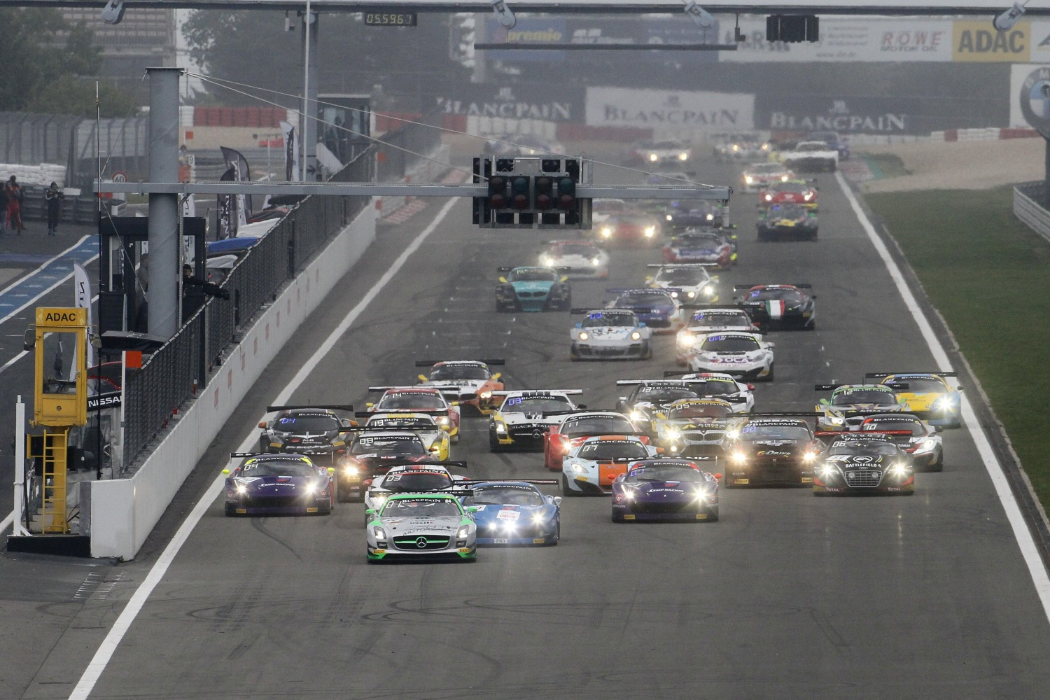 iRacing.com Nürburgring 1000 to decide 2014 Blancpain Endurance Titles