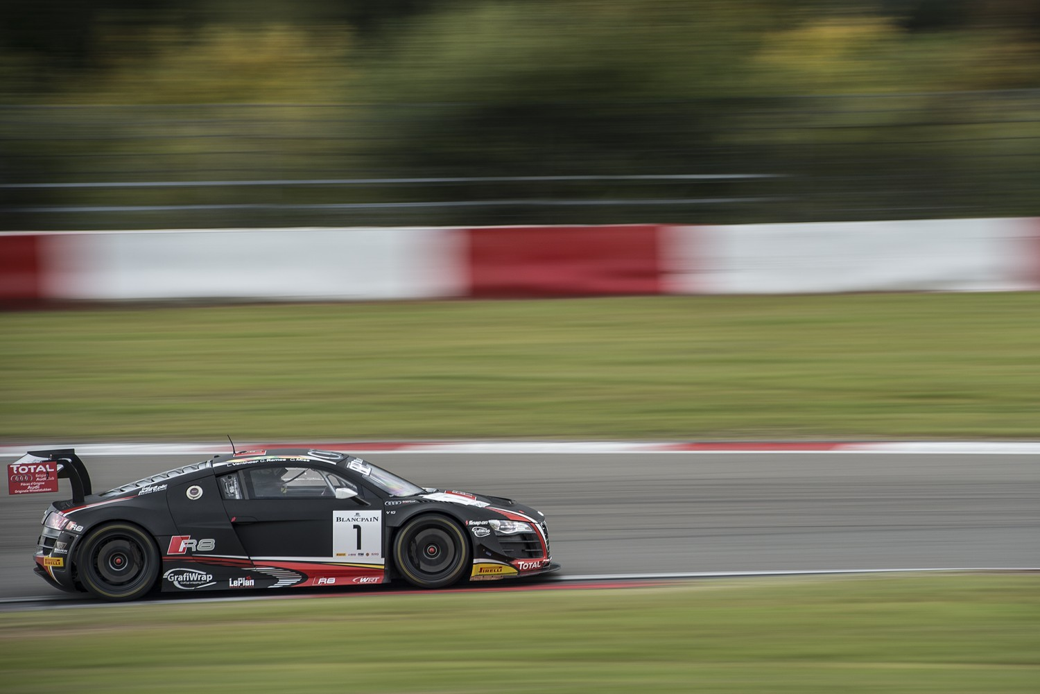 Mies takes pole in eventful Qualifying Session