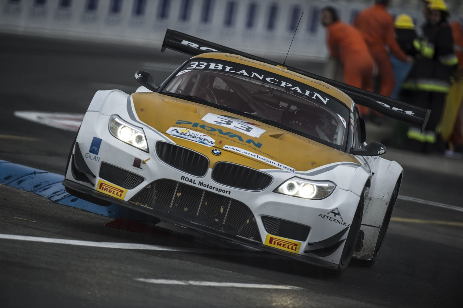 Alex Zanardi tops timesheets in first free practice