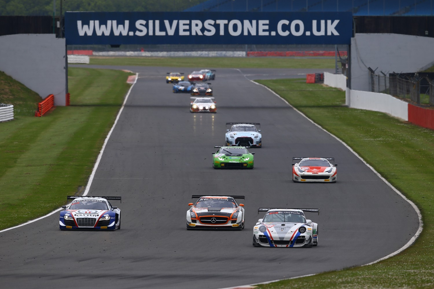 Pre-Qualifying Silverstone : Six different brands in the top seven