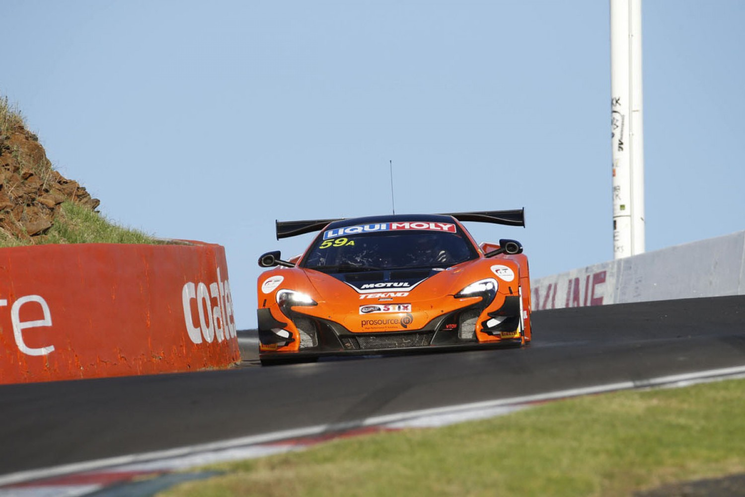 McLaren wins the Liqui-Moly Bathurst 12 Hour and leads the Intercontinental GT Challenge