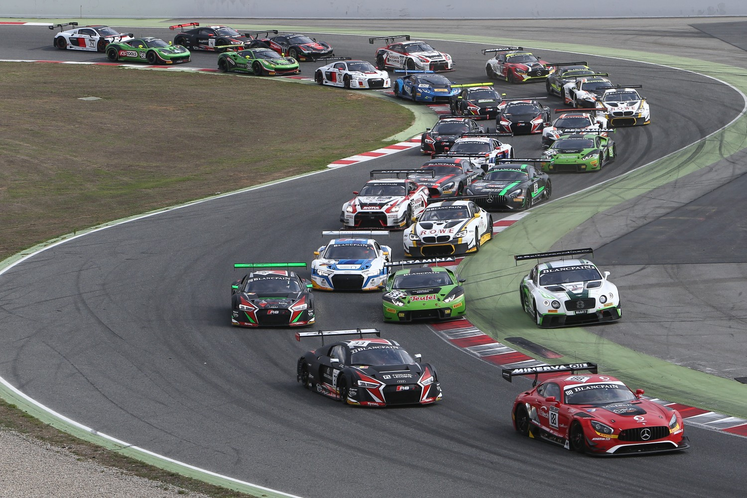 2016 Blancpain GT Series season finale turns out to be a thriller