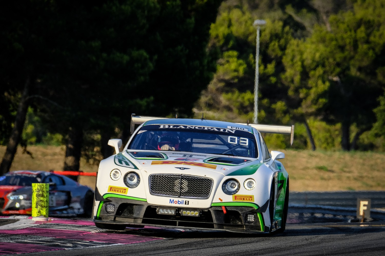 FLASH NEWS: Bentley Team M-Sport takes first endurance win since 2014