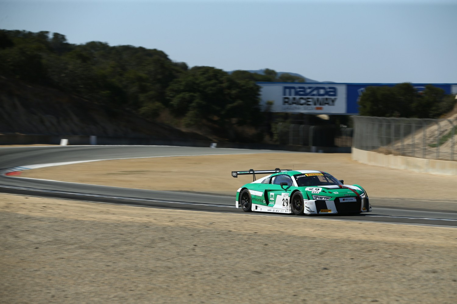 Audi continues to lead with two hours to go