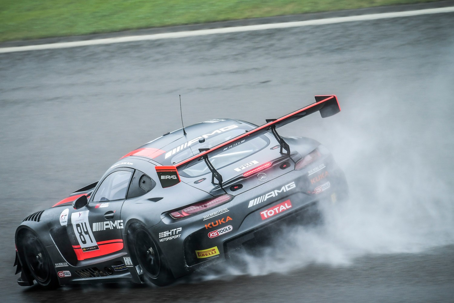 HTP Motorsport launches title defence with four cars
