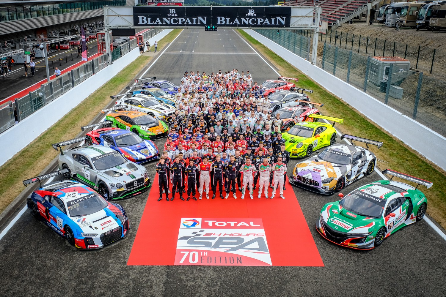 Official Total 24 Hours of Spa photograph brings together the stars of international GT racing