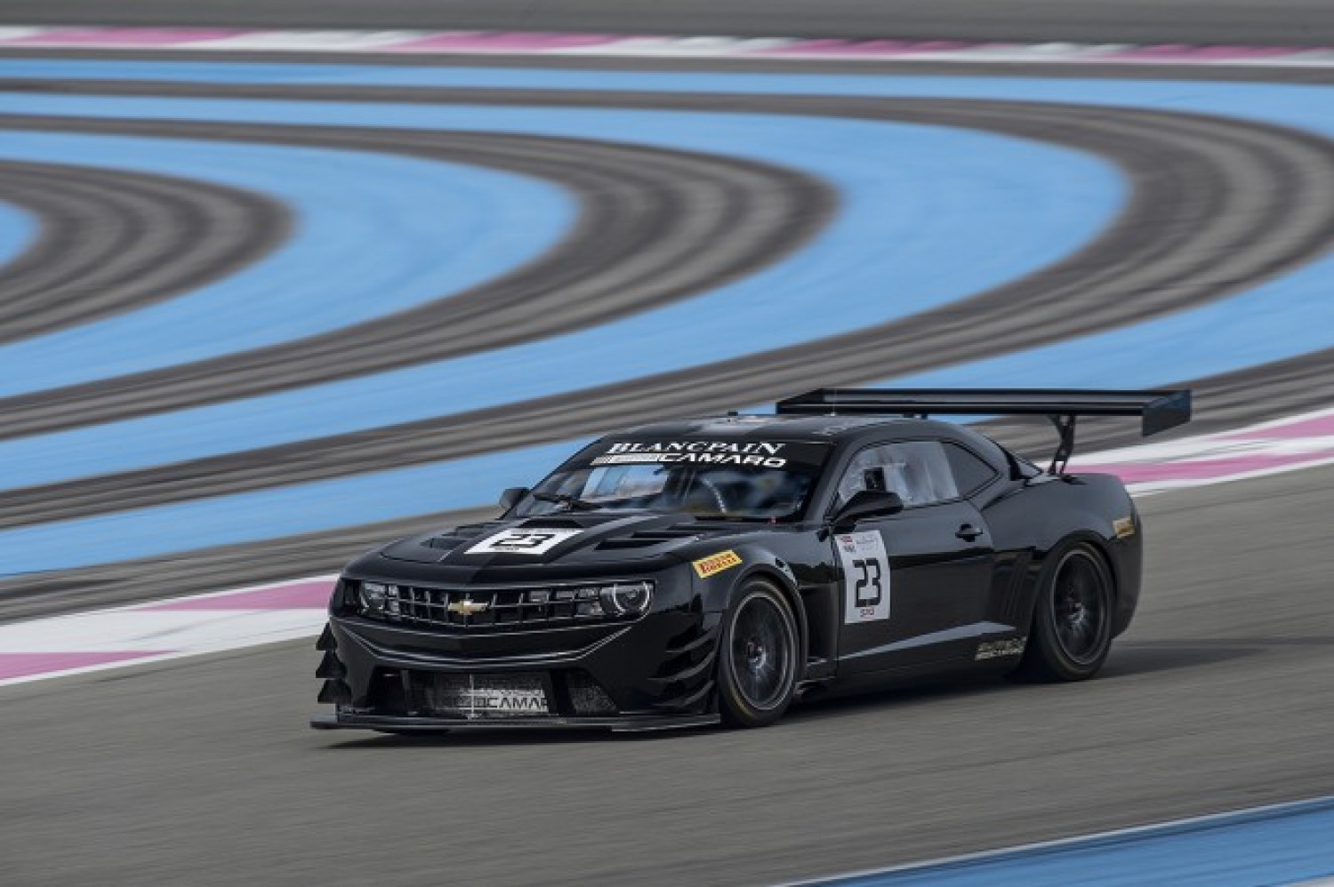 Fascinating first day of testing for the Blancpain GT Series