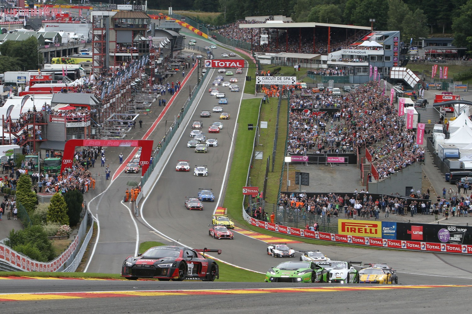 Hectic start to the 2016 Total 24 Hours of Spa