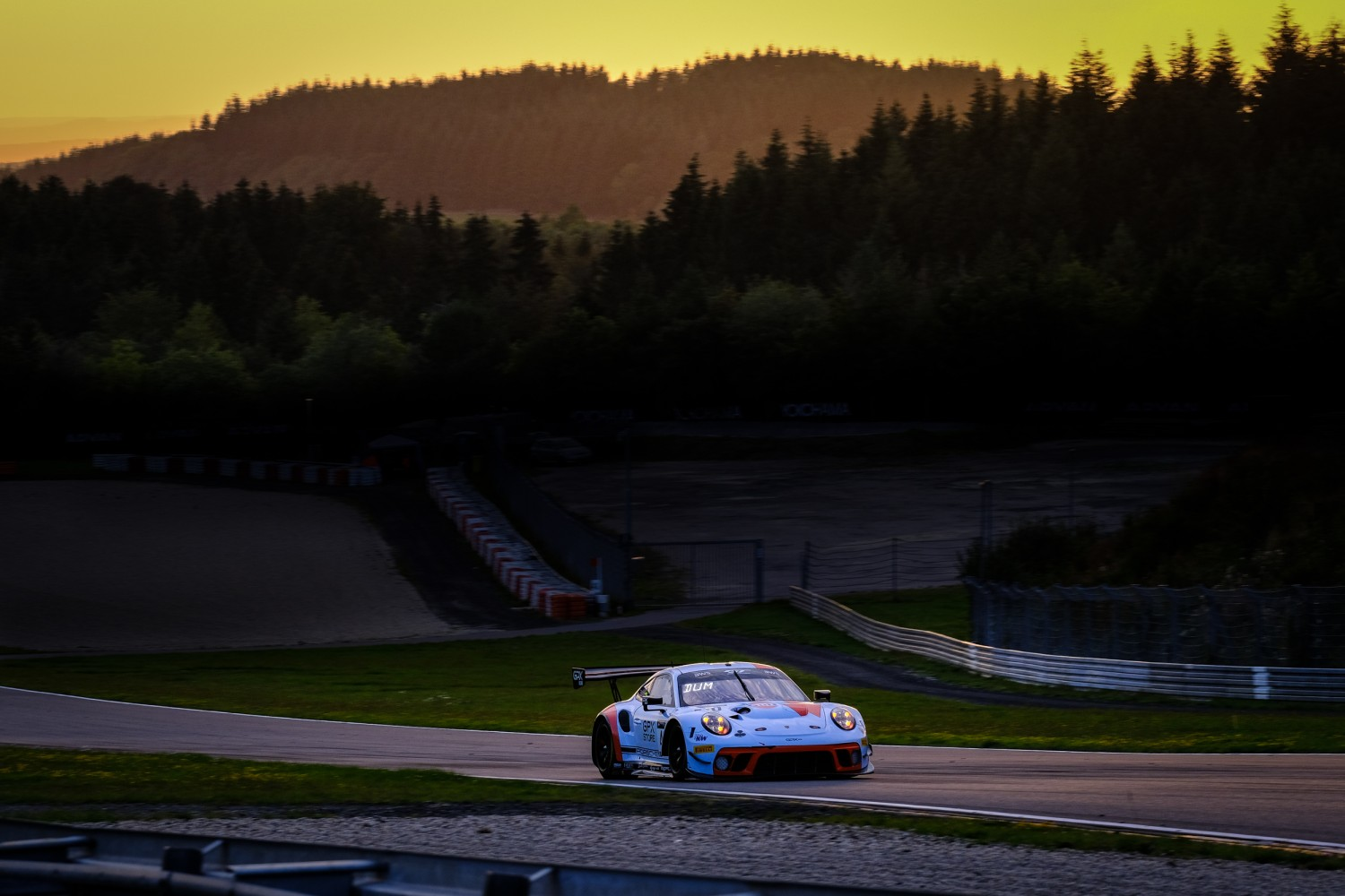 Porsche secures front-row lockout as GPX Racing beats Dinamic Motorsport to Nürburgring pole