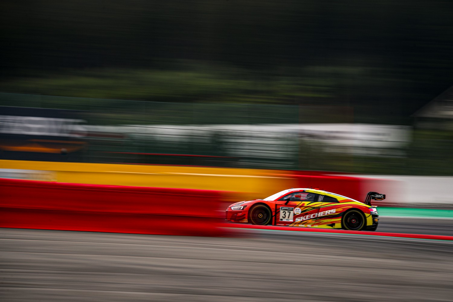2-Hour Update: Heavens open as racing resumes at Spa-Francorchamps