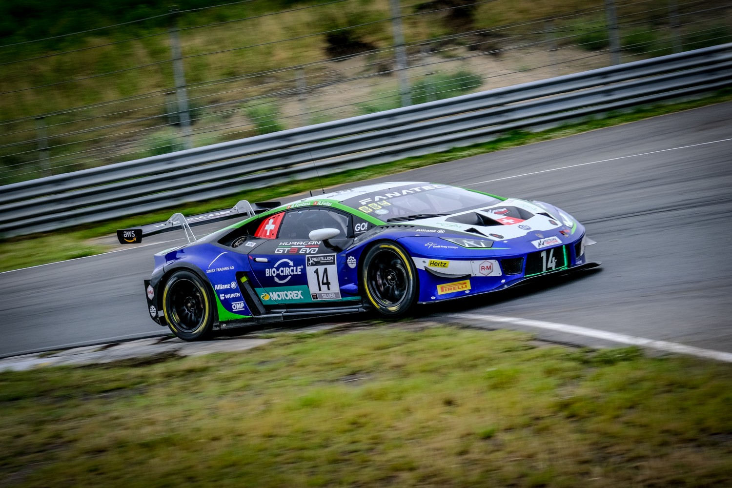 Feller flies to pole in Emil Frey Racing Lamborghini with outstanding late lap
