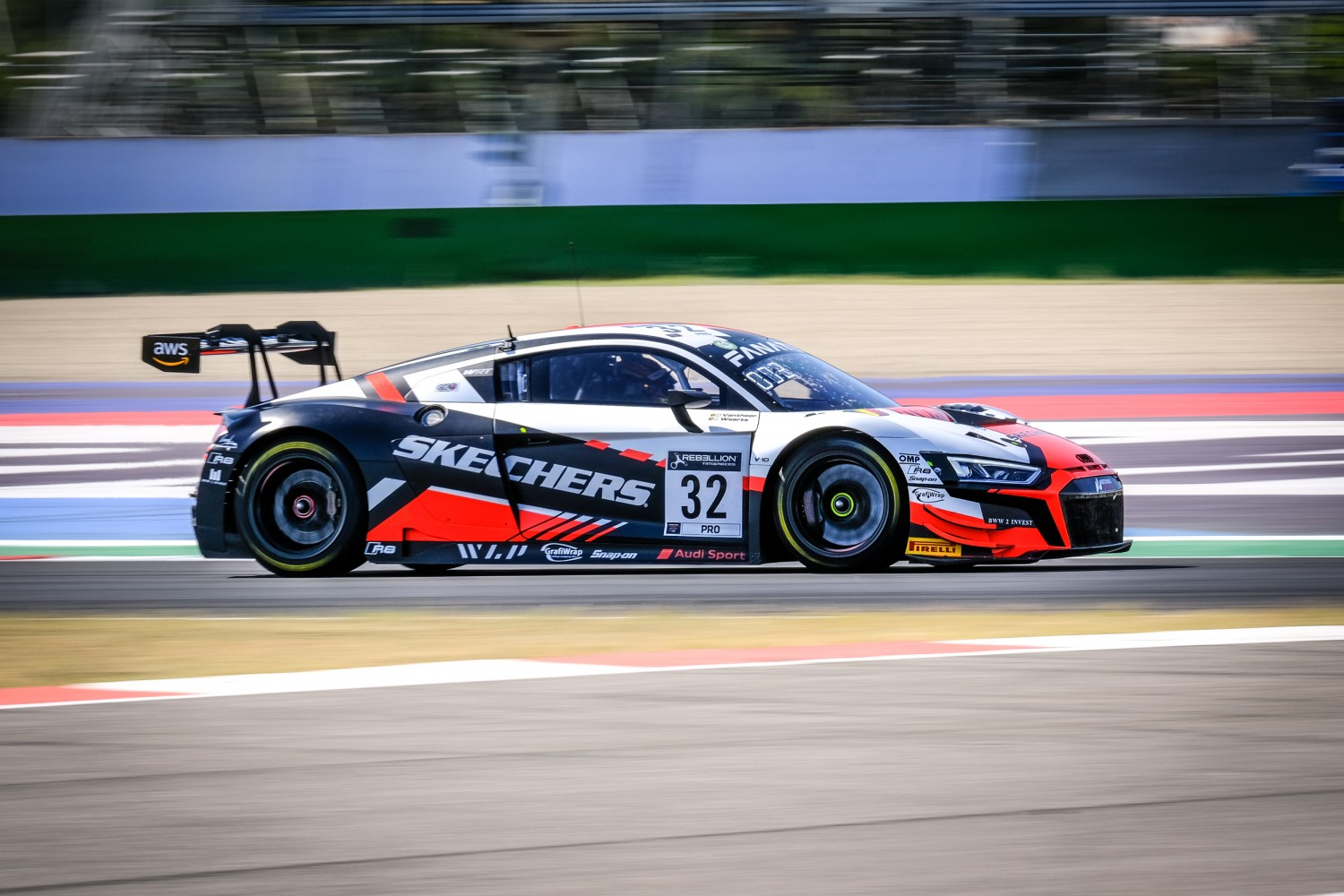 Weerts puts Team WRT on pole to continue Audi dominance at Misano