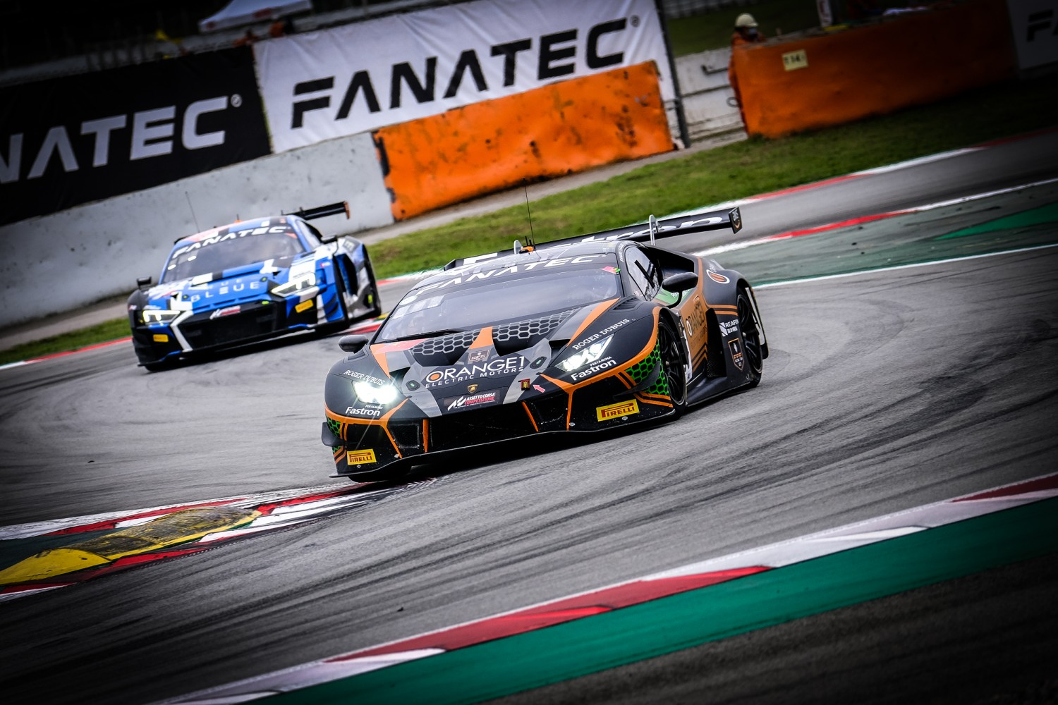 Orange1 FFF Racing sets up dramatic finale at Circuit de Barcelona-Catalunya as #63 Lamborghini earns fourth pole from five races