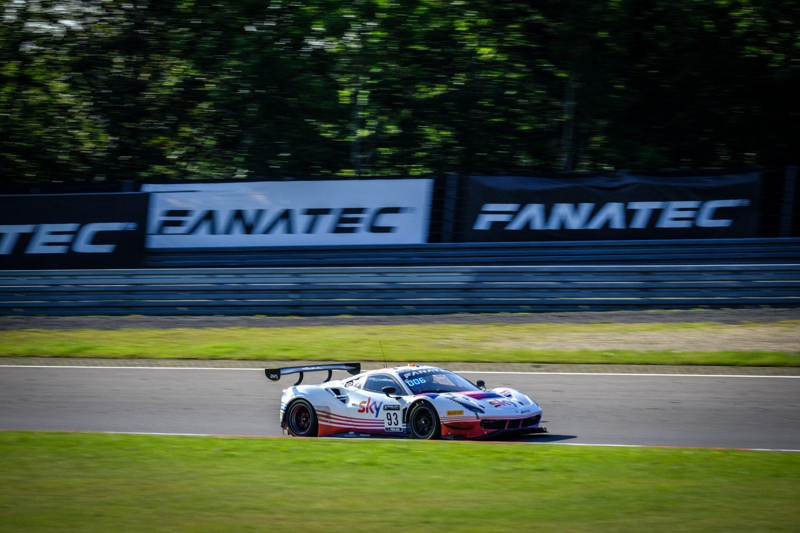 Hui on top in Sky Tempesta Racing Ferrari as Bronze Test kicks off Nürburgring weekend
