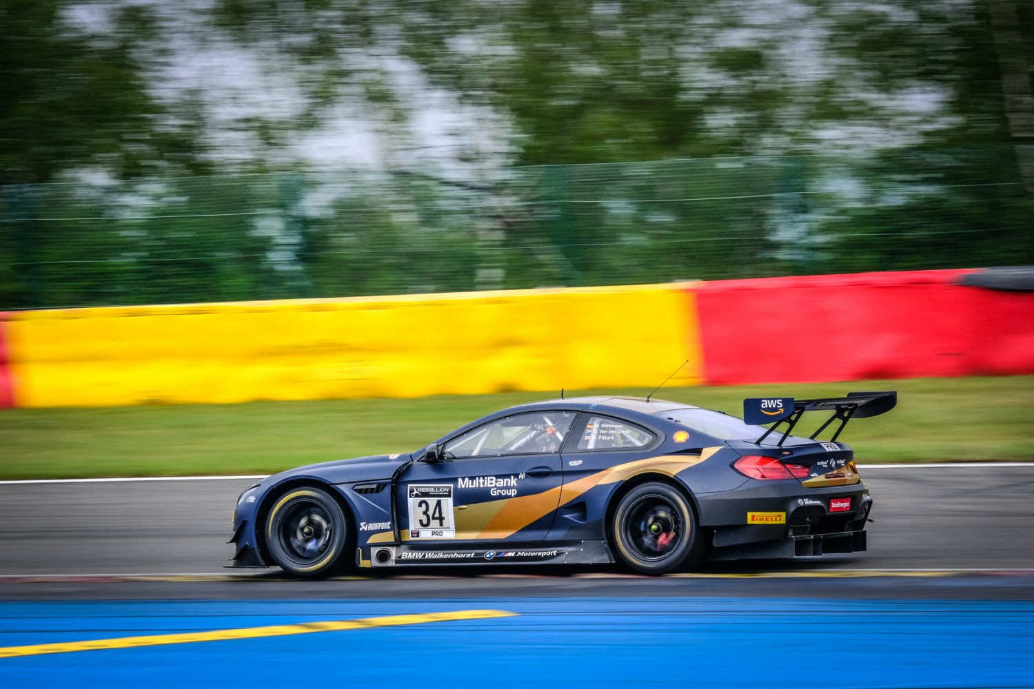 Walkenhorst BMW hits the front in Wednesday morning session