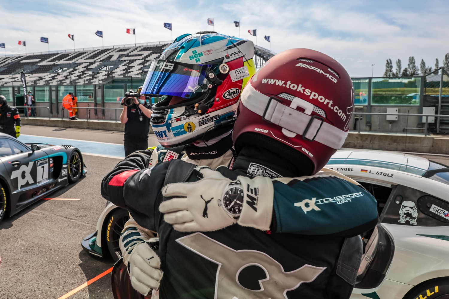 Engel flies to Magny-Cours pole for Mercedes-AMG Team Toksport