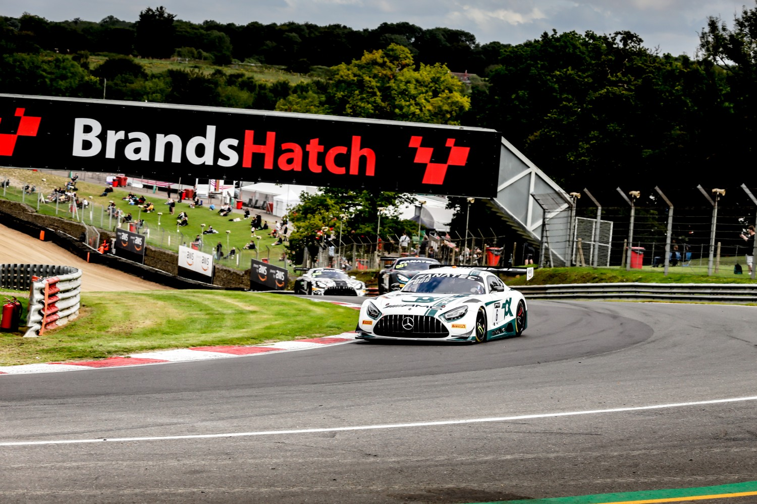 Mercedes-AMG on top across the board in Pre-Qualifying at Brands Hatch