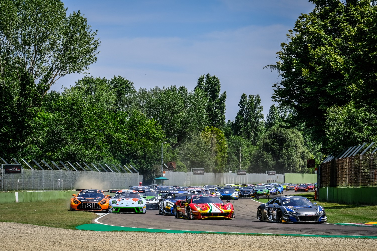 THE WEEKEND ROUNDUP: IMOLA