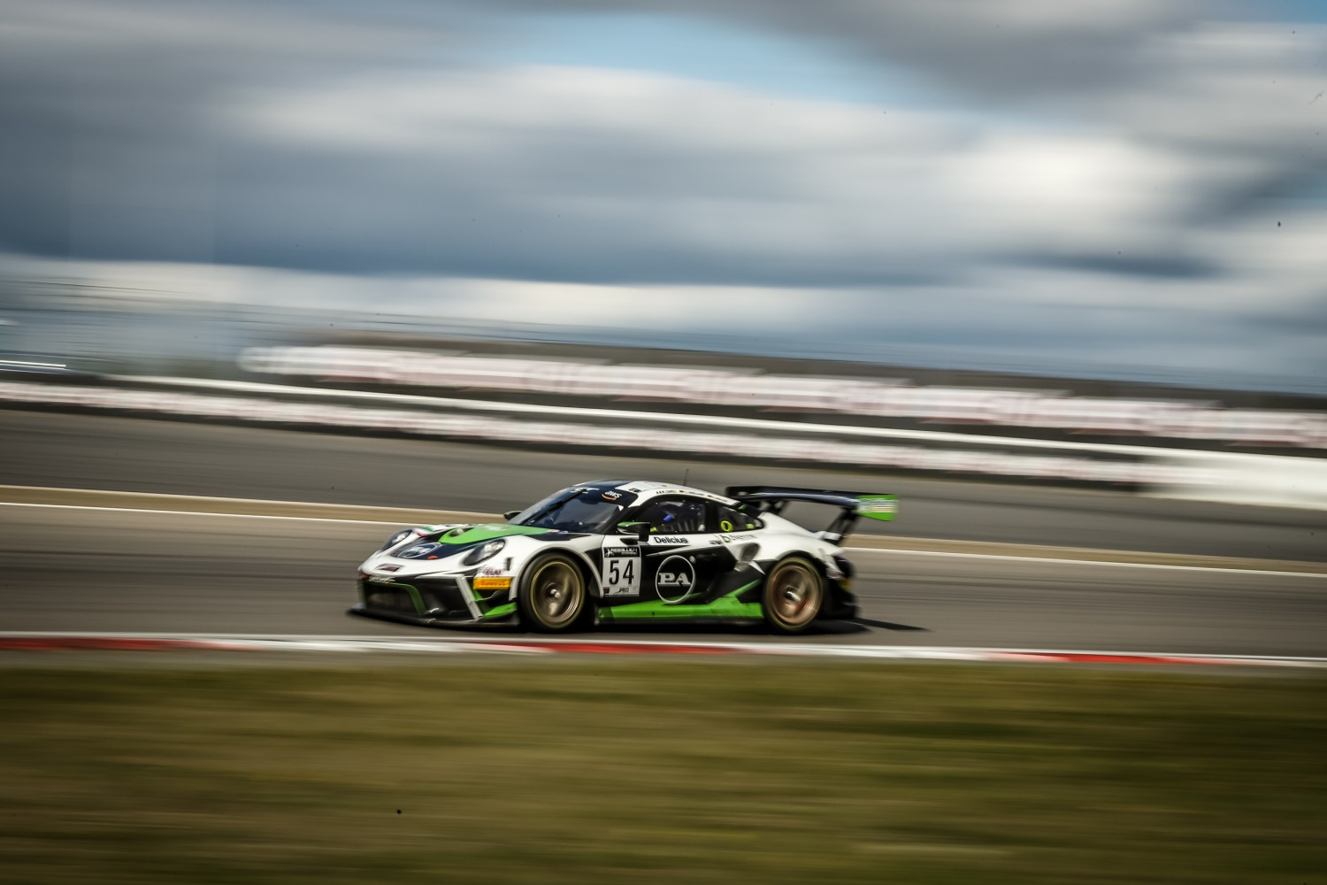 Dinamic Motorsport conquers the Nürburgring to give Porsche resounding home triumph