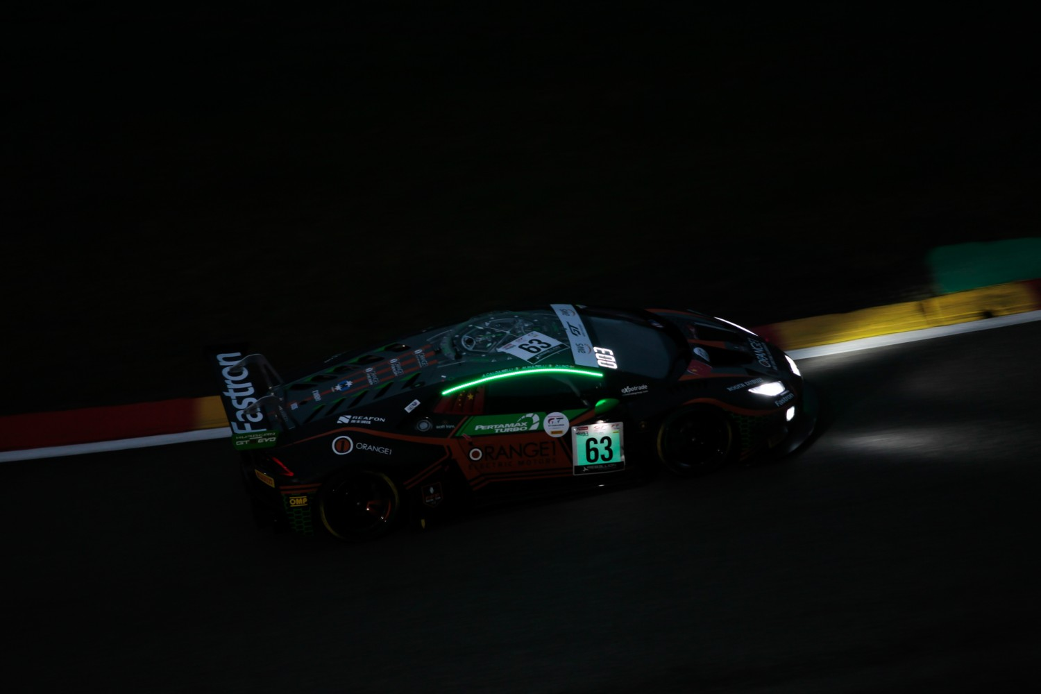 4-Hour Update: Mapelli leads the way in Orange1 FFF Lamborghini