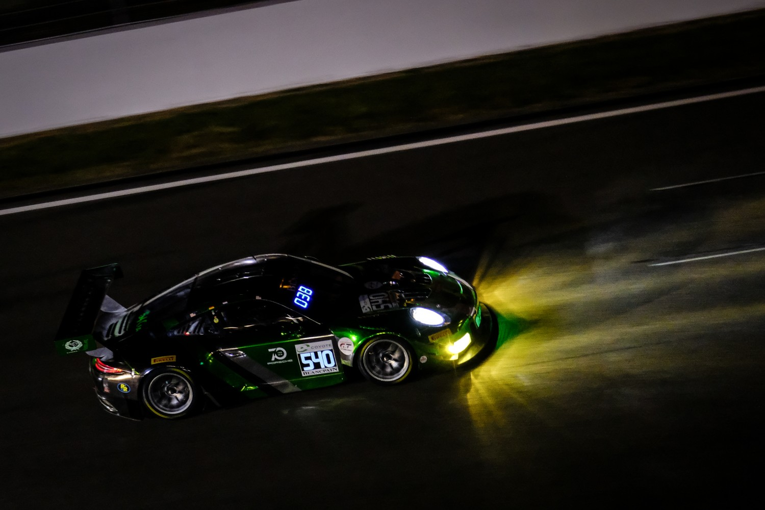 #540 Black Swan Racing USA Porsche 911 GT3 R Pro-Am Cup Tim Pappas USA Jeroen Bleekemolen NDL Marc Lieb DEU Marc Miller USA, Night Practice  | SRO / Dirk Bogaerts Photography