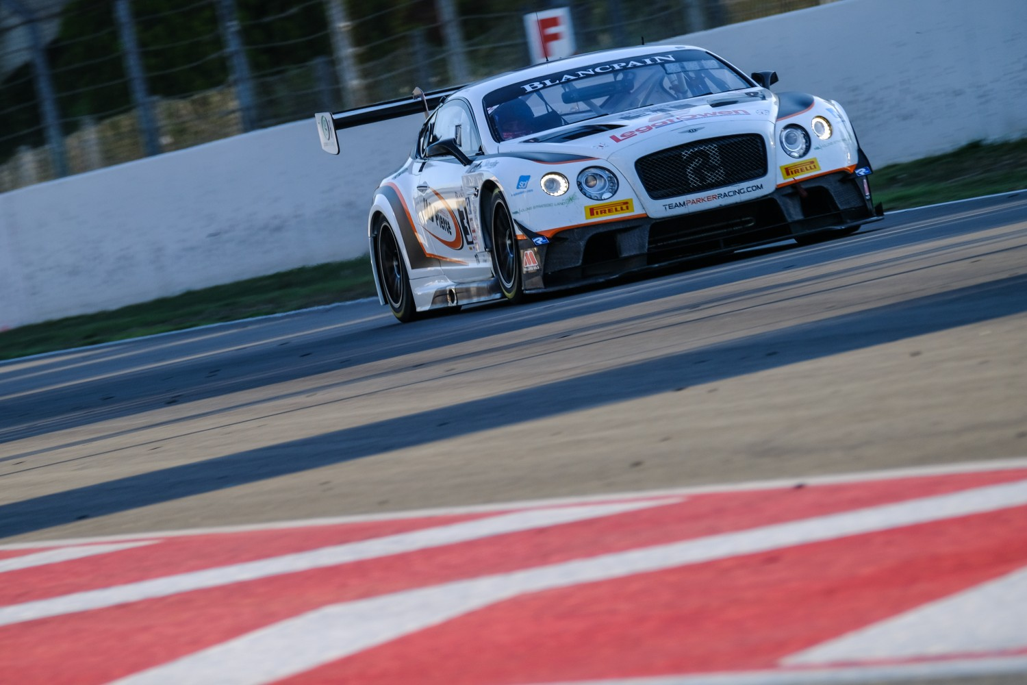 #31 Team Parker Racing** GBR Bentley Continental GT3 Pro-Am Cup Derek Pierce GBR Rob Smith GBR Seb Morris GBR, Free Practice  | SRO / Dirk Bogaerts Photography