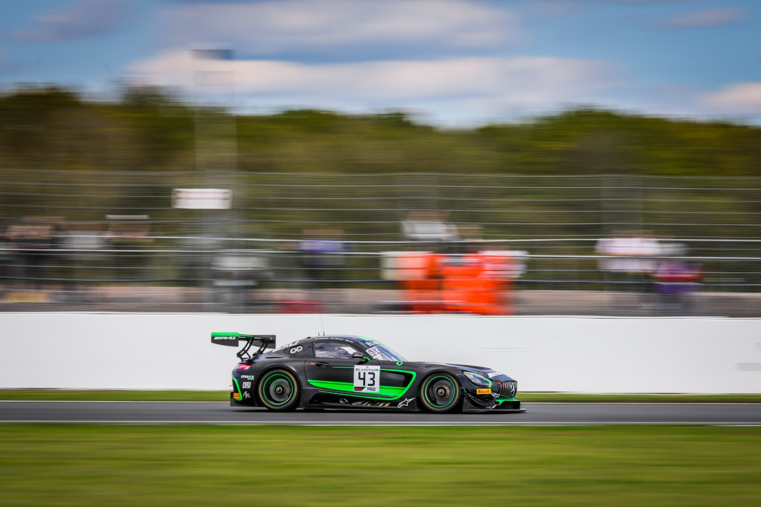 #43 Strakka Racing GBR Mercedes-AMG GT3 Jack Hawksworth GBR Dev Gore USA Lewis Williamson GBR -, Race  | SRO Motorsports Group