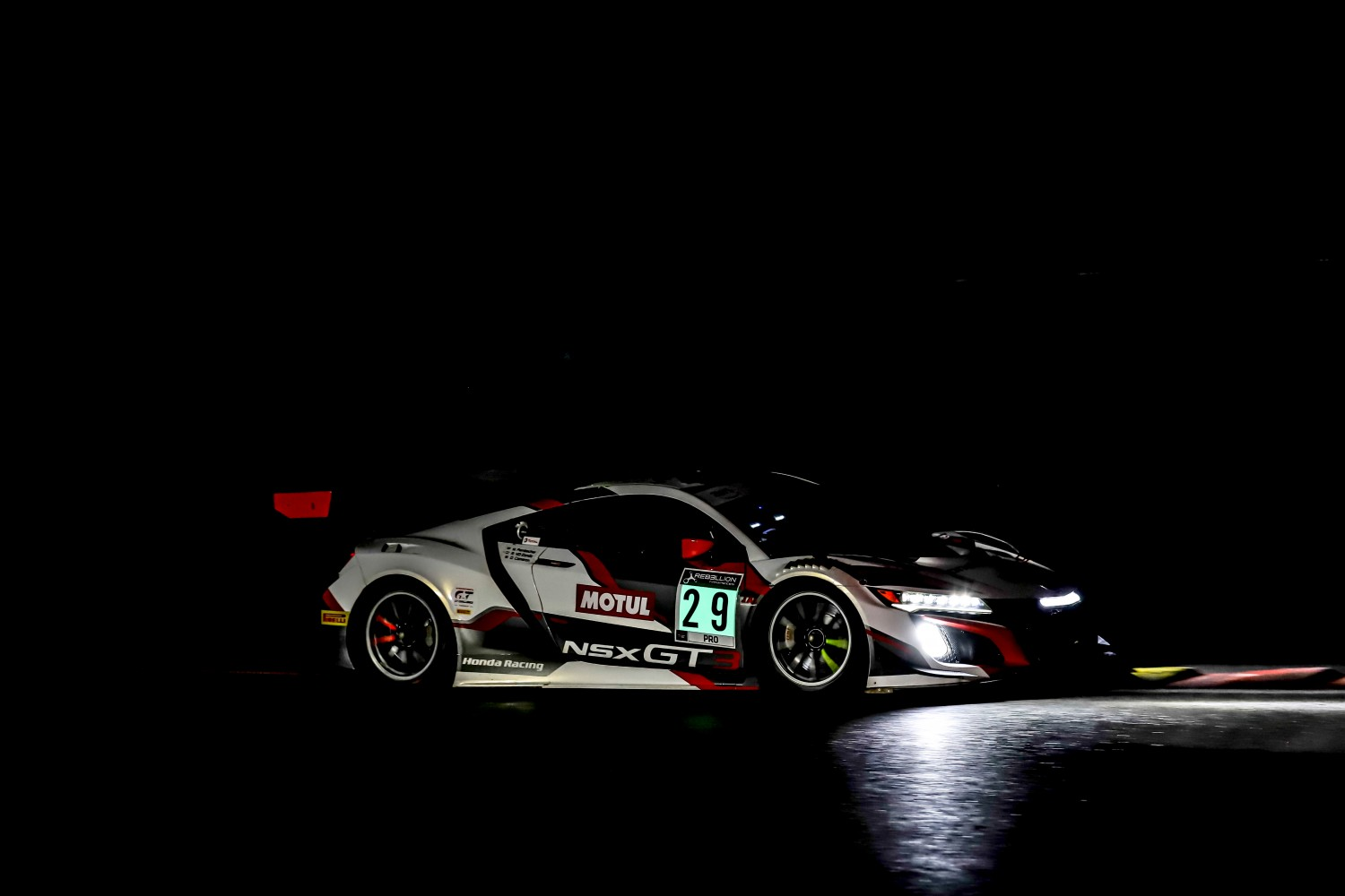 #29 Team Honda Racing ITA- Dane Cameron USA Renger  van der Zande NDL Mario Farnbacher DEU IGTC, Night Practice