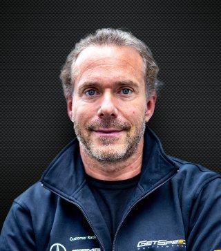 Florian Scholze