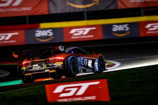 #69 Optimum Motorsport GBR- Oliver Wilkinson GBR Joe Osborne GBR Rob Bell GBR, Race  | SRO / Kevin Pecks