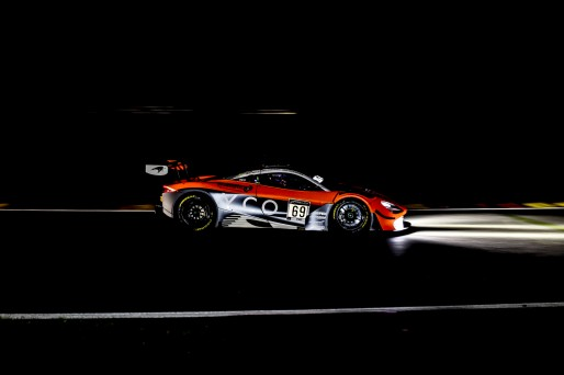 #69 Optimum Motorsport GBR- Oliver Wilkinson GBR Joe Osborne GBR Rob Bell GBR, Race  | SRO / Patrick Hecq Photography